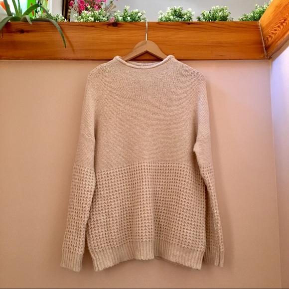 American Eagle - Oatmeal Sweater